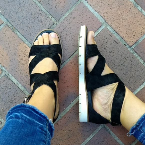 f90ddd62c Sofft Mirabelle Platform Sandal Metallic Black 7.5.  M 5b5398781b3294ce0410e520